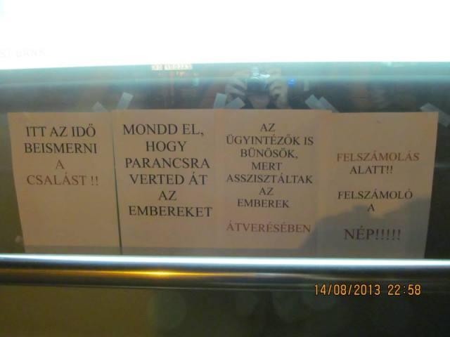 Bankplakátolás Pécs 3